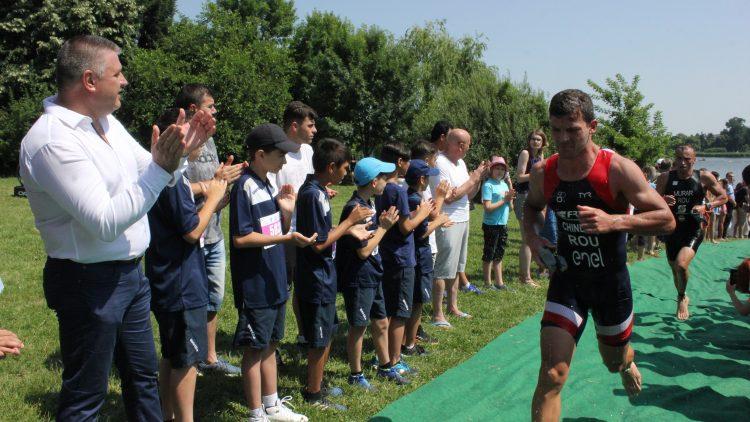 """""""Buftea Multisport Festival"""" a strâns la start sute de sportivi. Triatlon Sprint, regal sportiv cu peste 300 de premii"""