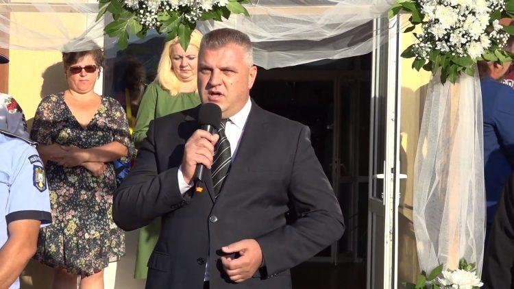 Primarul Pistol Gheorghe la deschiderea anului școlar 2019-2020